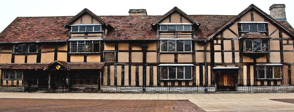 Родной дом Шекспира в городе Стратфорд-на-Эйвоне