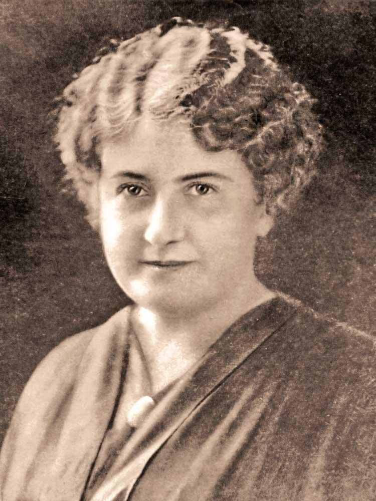 В 1890 году Мария Монтессори была одной из 132 итальянских женщин Италии, которые обучались в высших учебных заведениях
