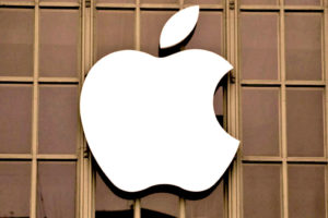 5 бизнес-эр в развитии компании «Эппл»