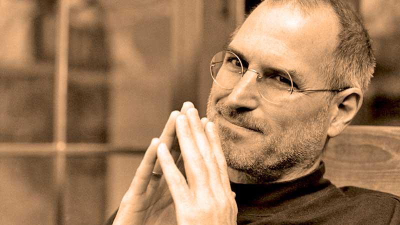 Стив Джобс сделал компанию «Эппл» лидером рынка инноваций XXI века